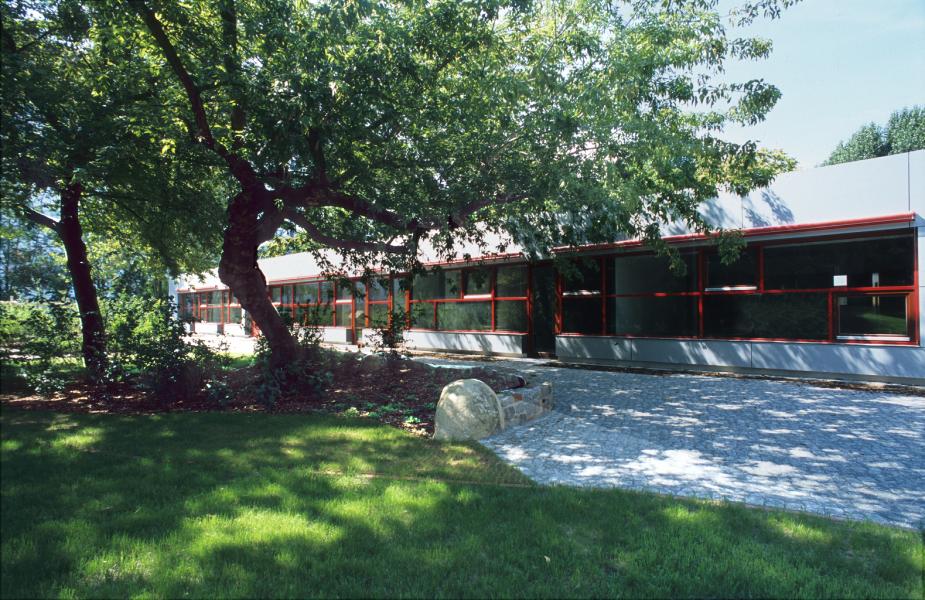 eingeschossiger Südflügel, Blaufisch Architekte, M. Renatus